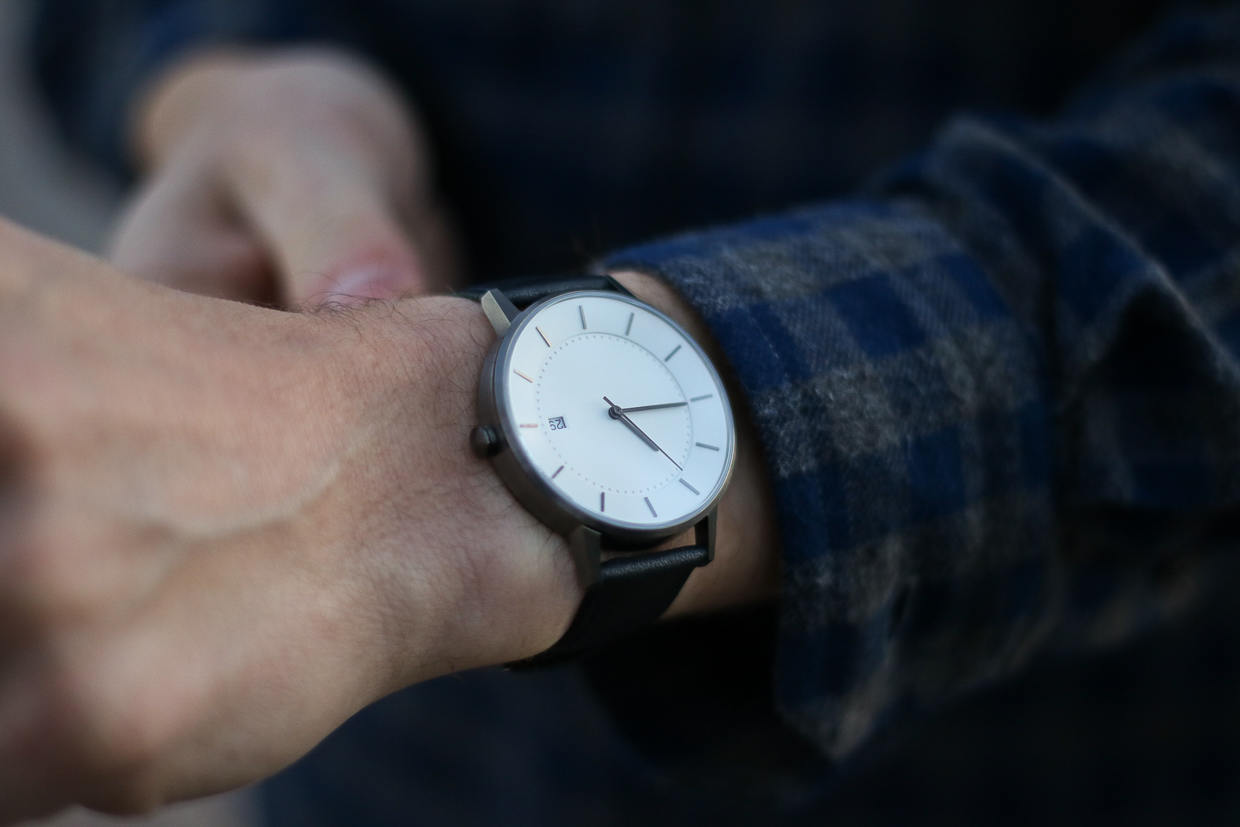 Linjer watch on wrist