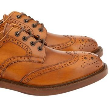 Light-brown-Wingtips ft