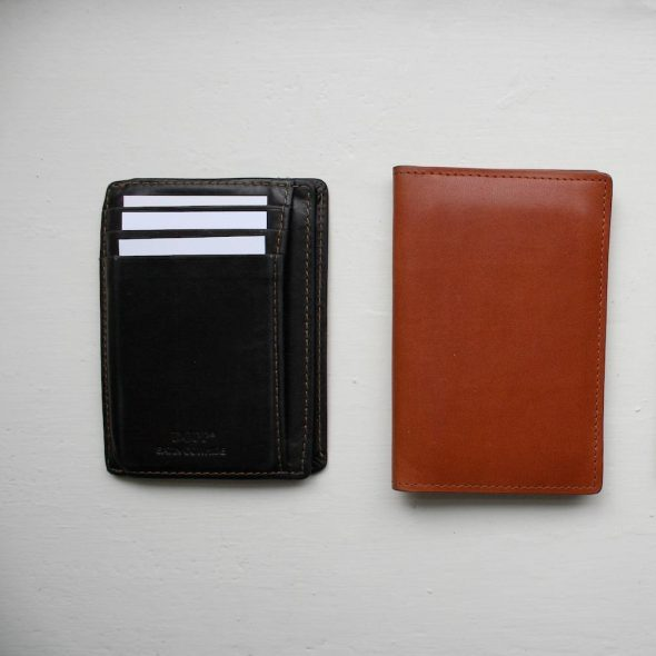 Slim-Wallets 1 ft
