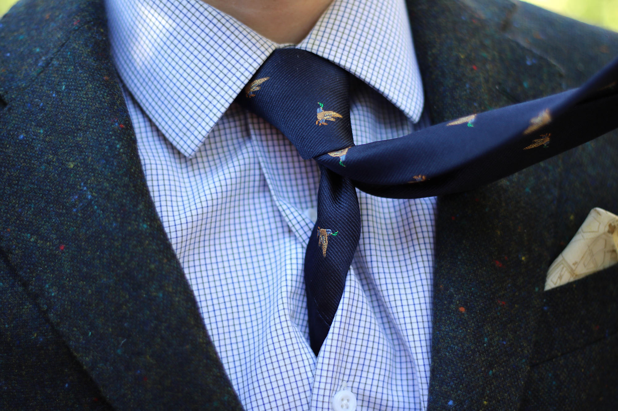 Navy silk duck print tie