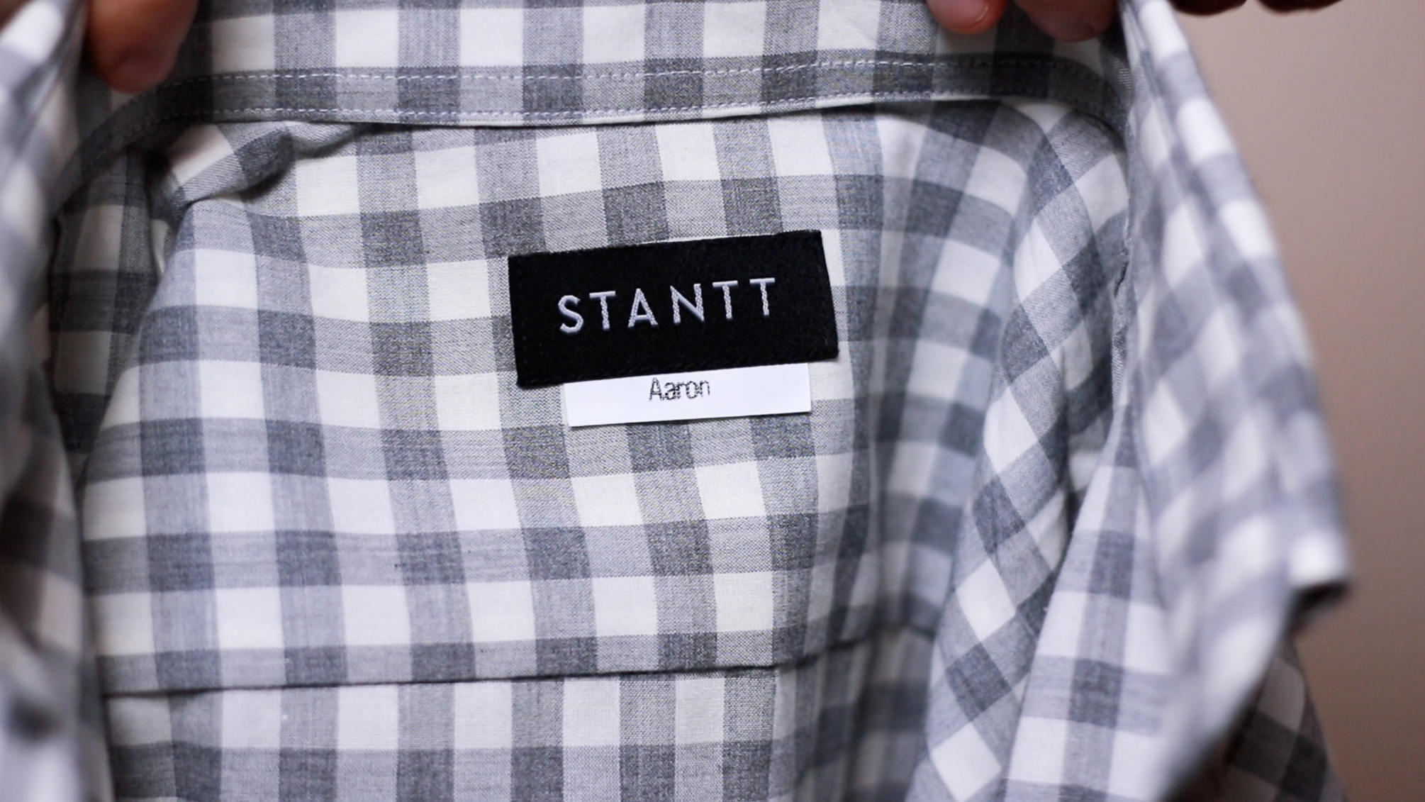 Stantt shirt label