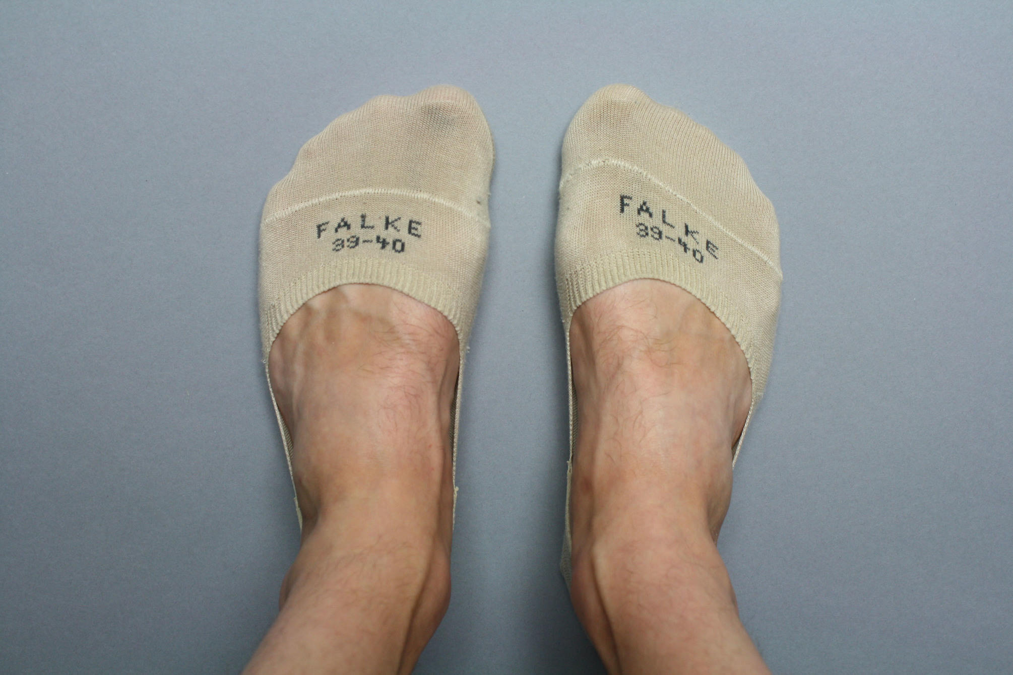 Falke Invisible Step no show socks on feet