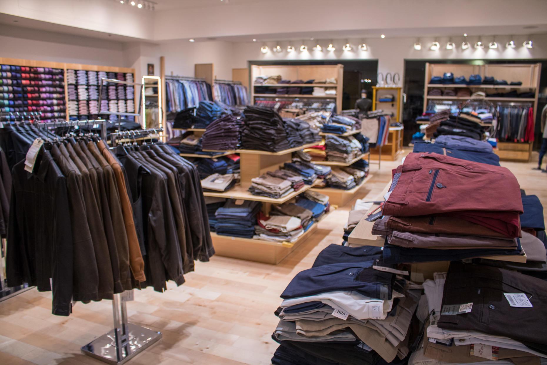 Jimmy Au's store