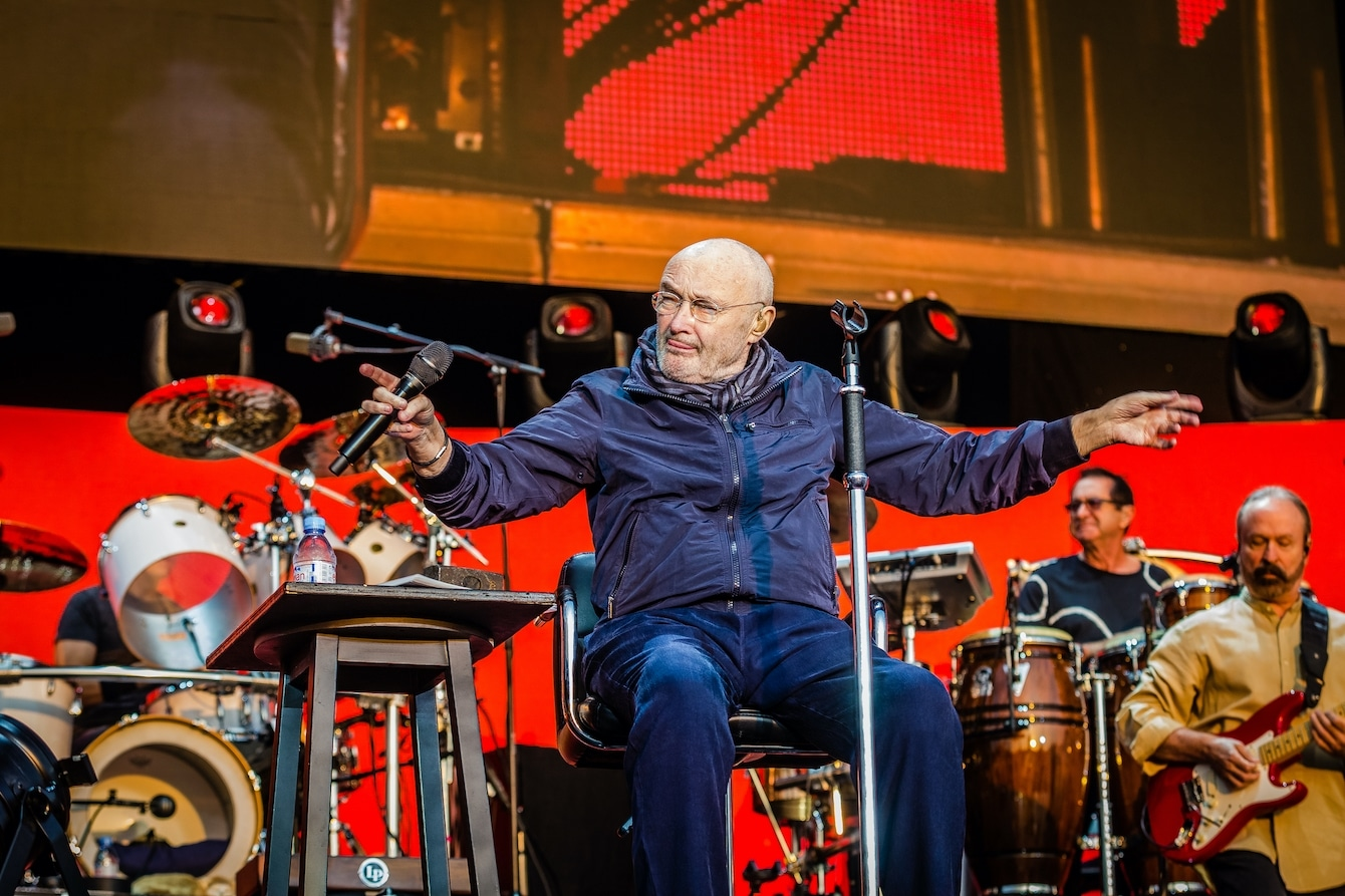 """Phil Collins Height - 5'6"""""""