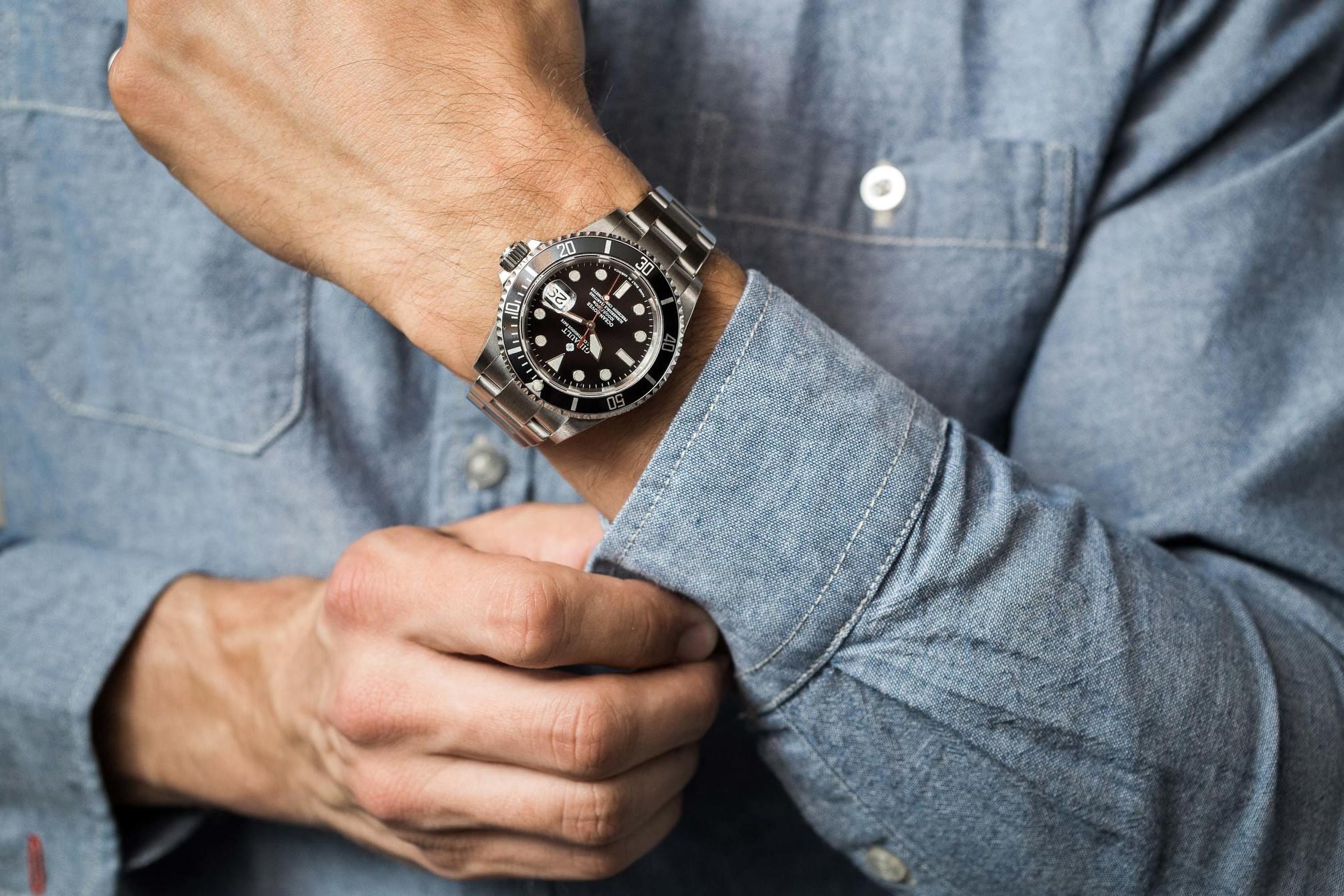 Ginault Ocean Rover on wrist