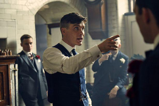 Shirt sleeve garter in Peaky Blinders