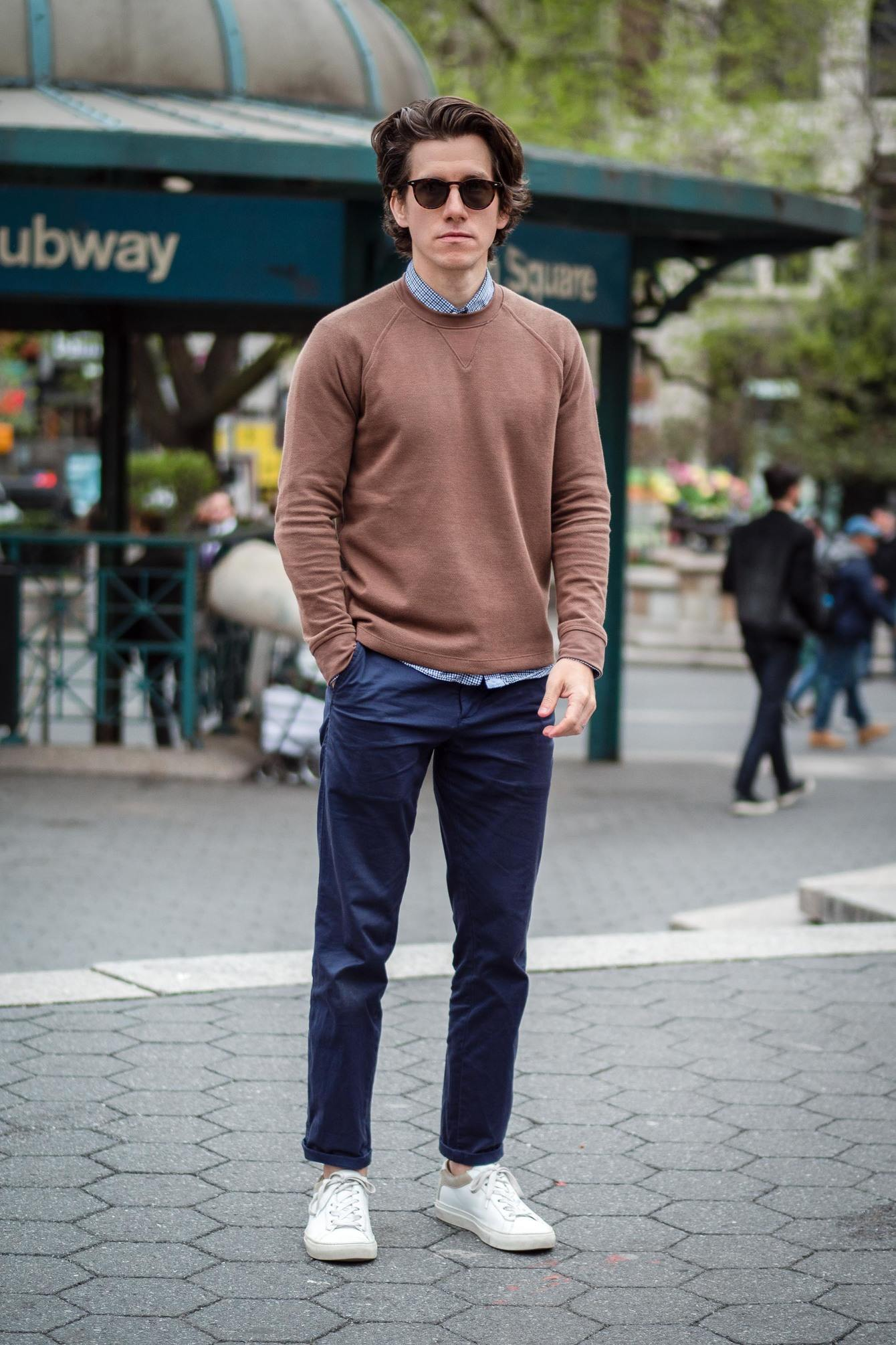 Navy Everlane midweight chinos