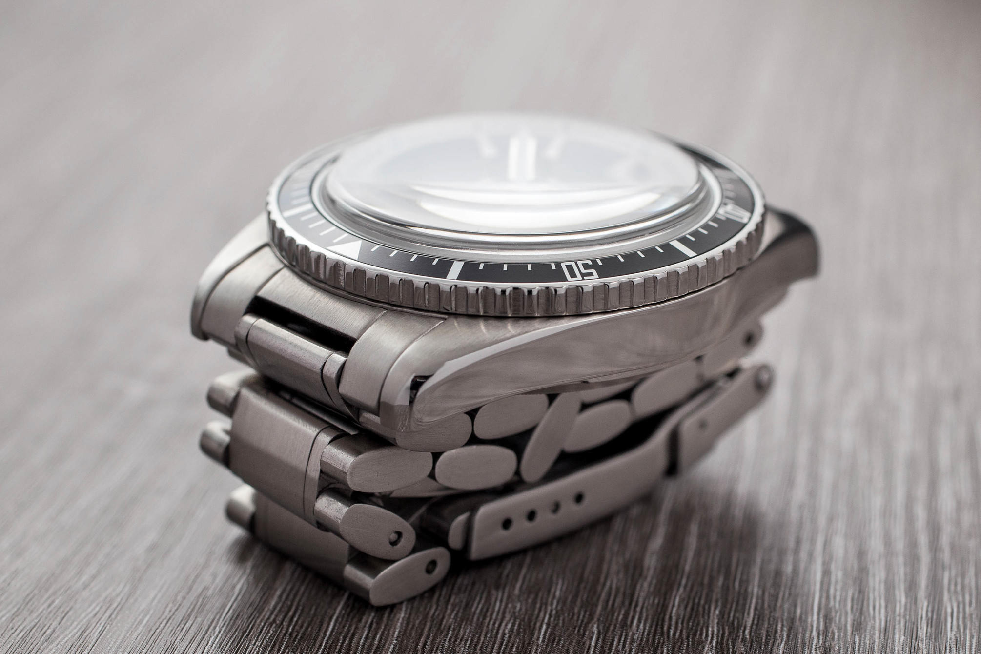 Maen Hudson Automatic 38mm folded