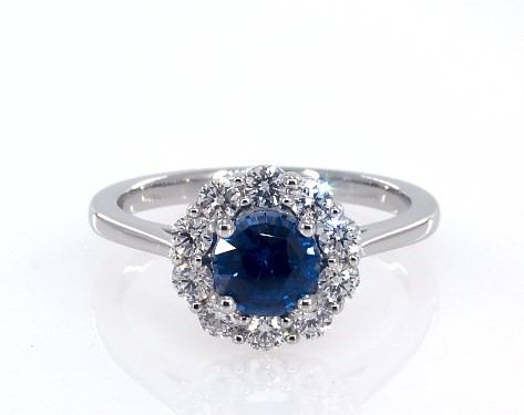 Platinum round sapphire and diamond classic halo by James Allen