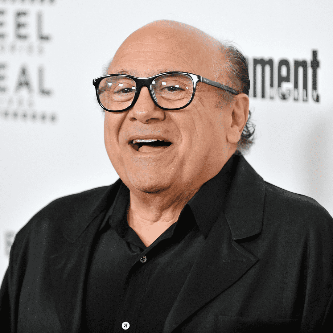 How tall is danny devito