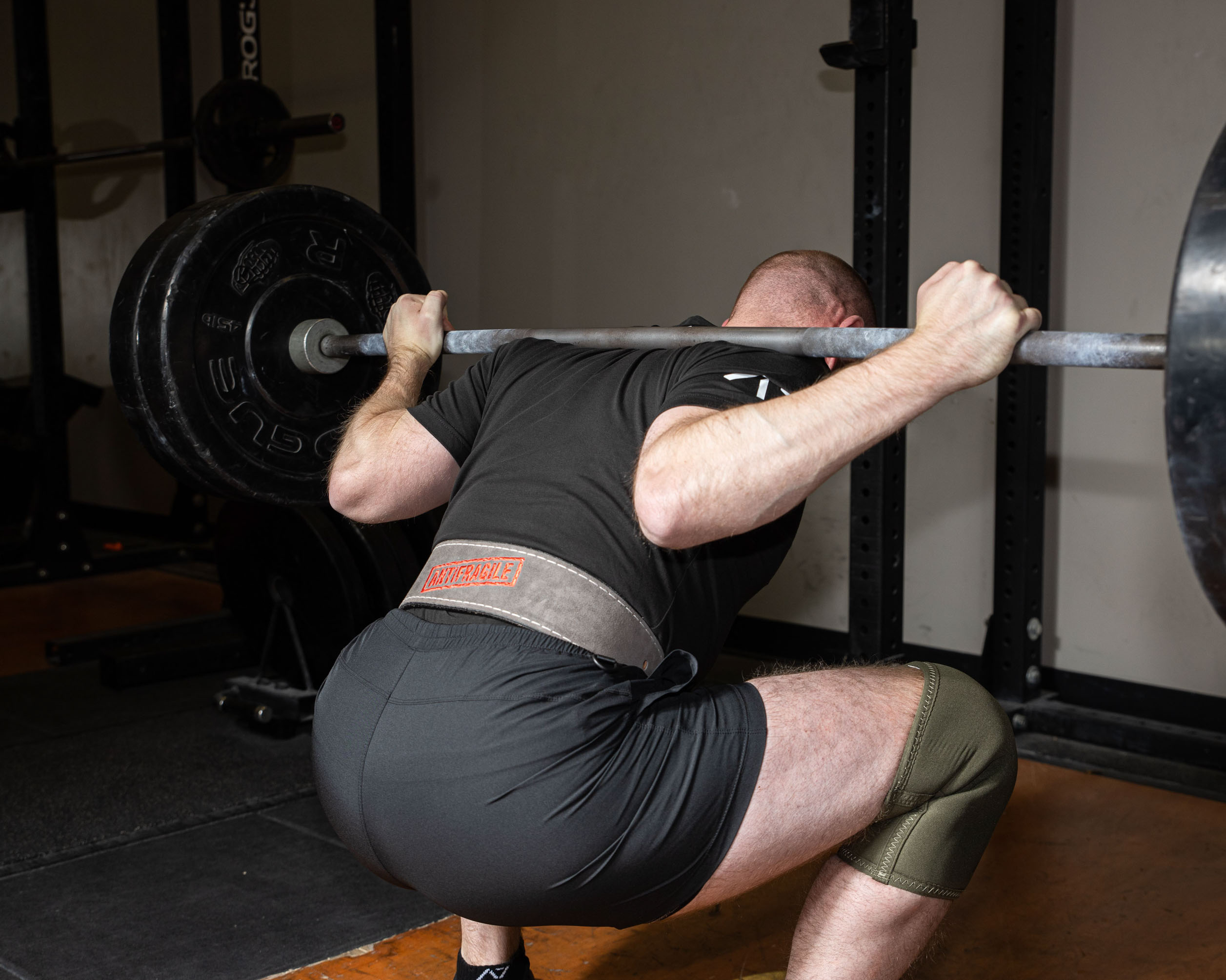 Knee sleeves for barbell squat