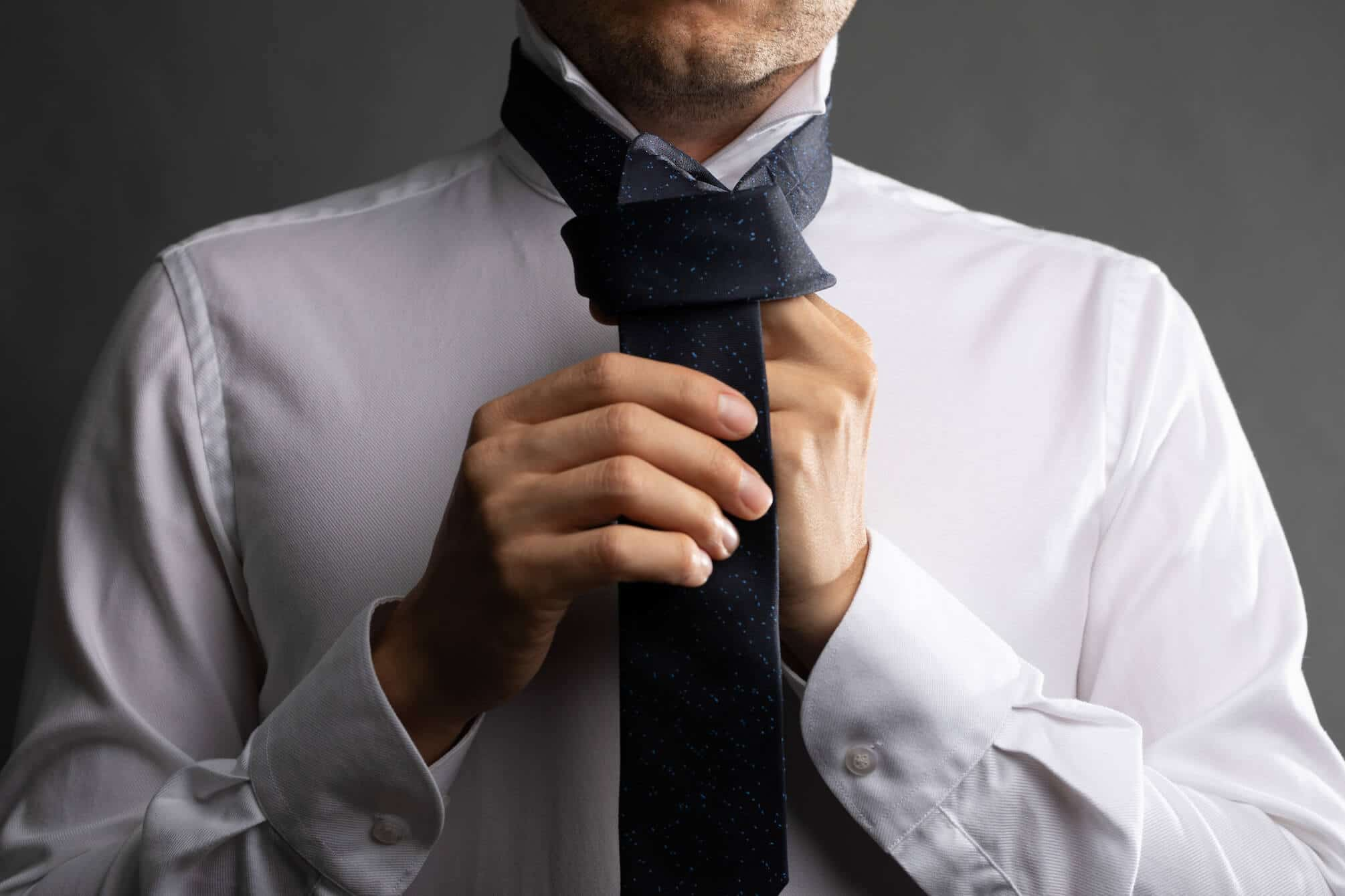 Simple Tie Knot Step 6