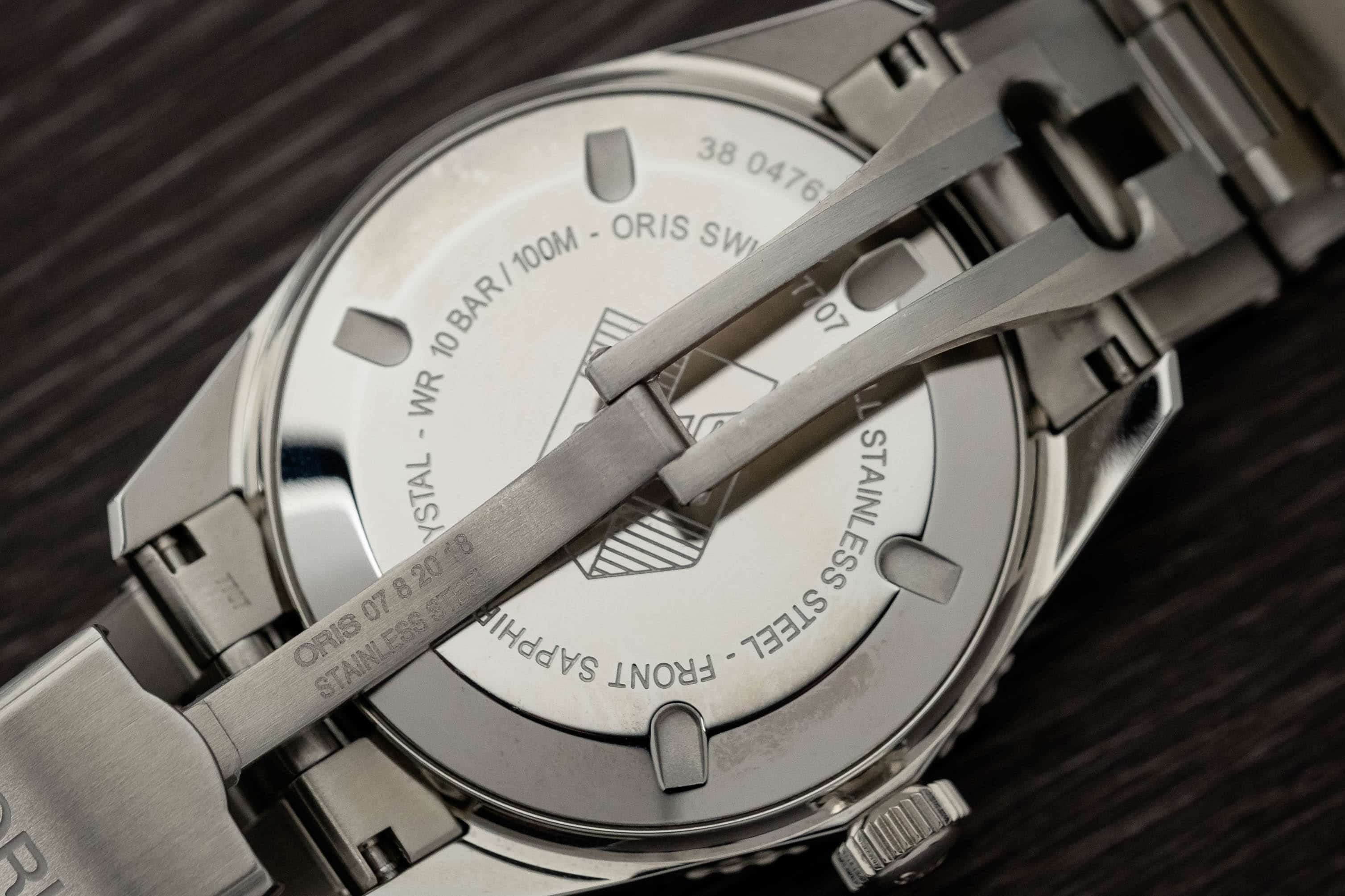Oris Divers Sixty-Five clasp twin triggers