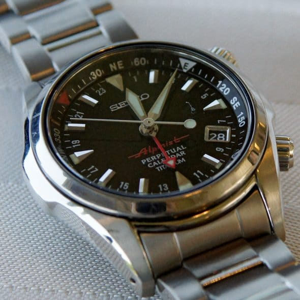 Best Men's Watches Under $1,000 - featured