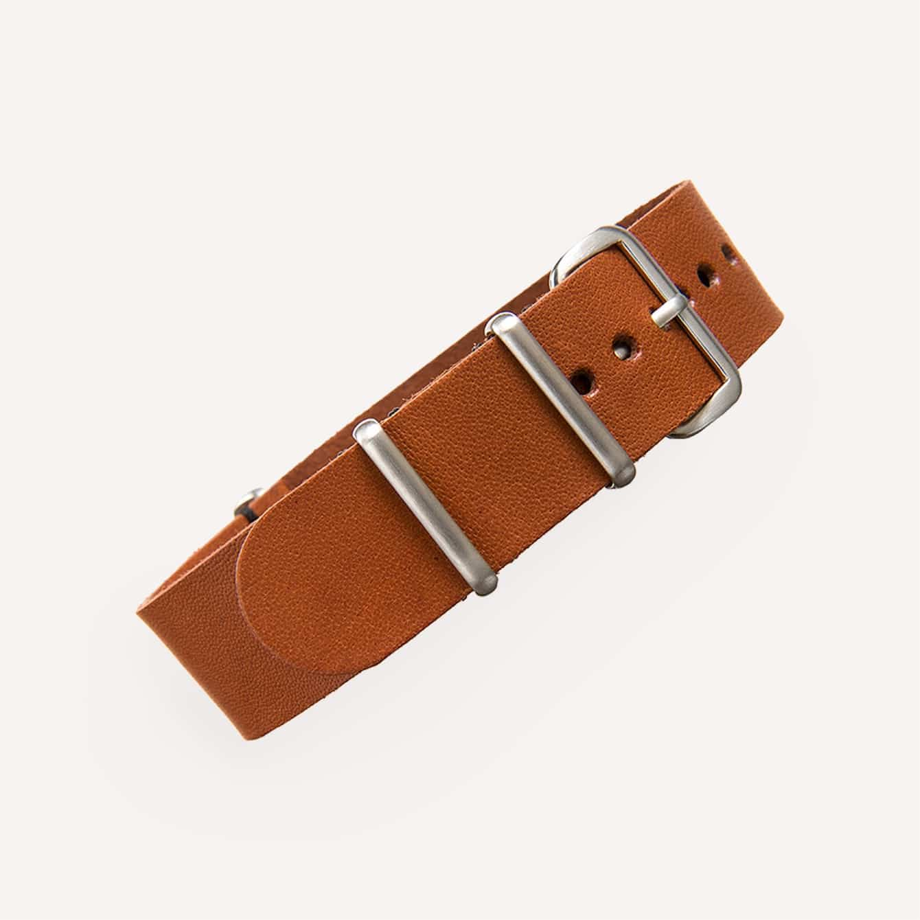 Crown and Buckle Saddle Kangaroo