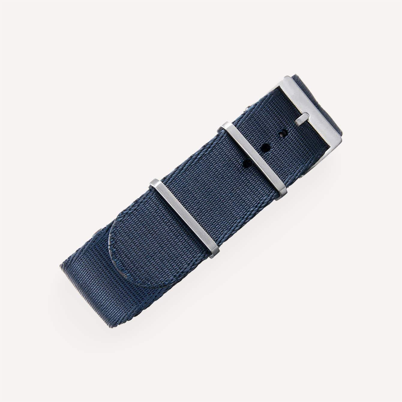Crown and Buckle Supreme Nato 22mm Midnight