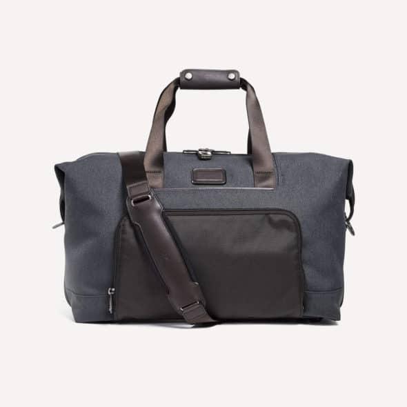 Best Weekender Bags Featured