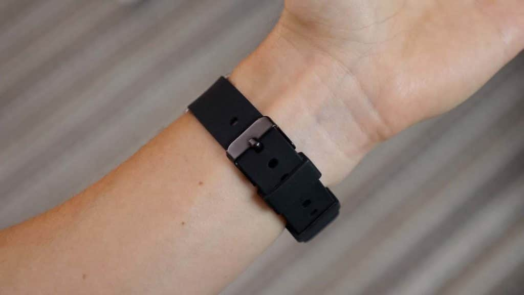 Rubber watch strap bottom