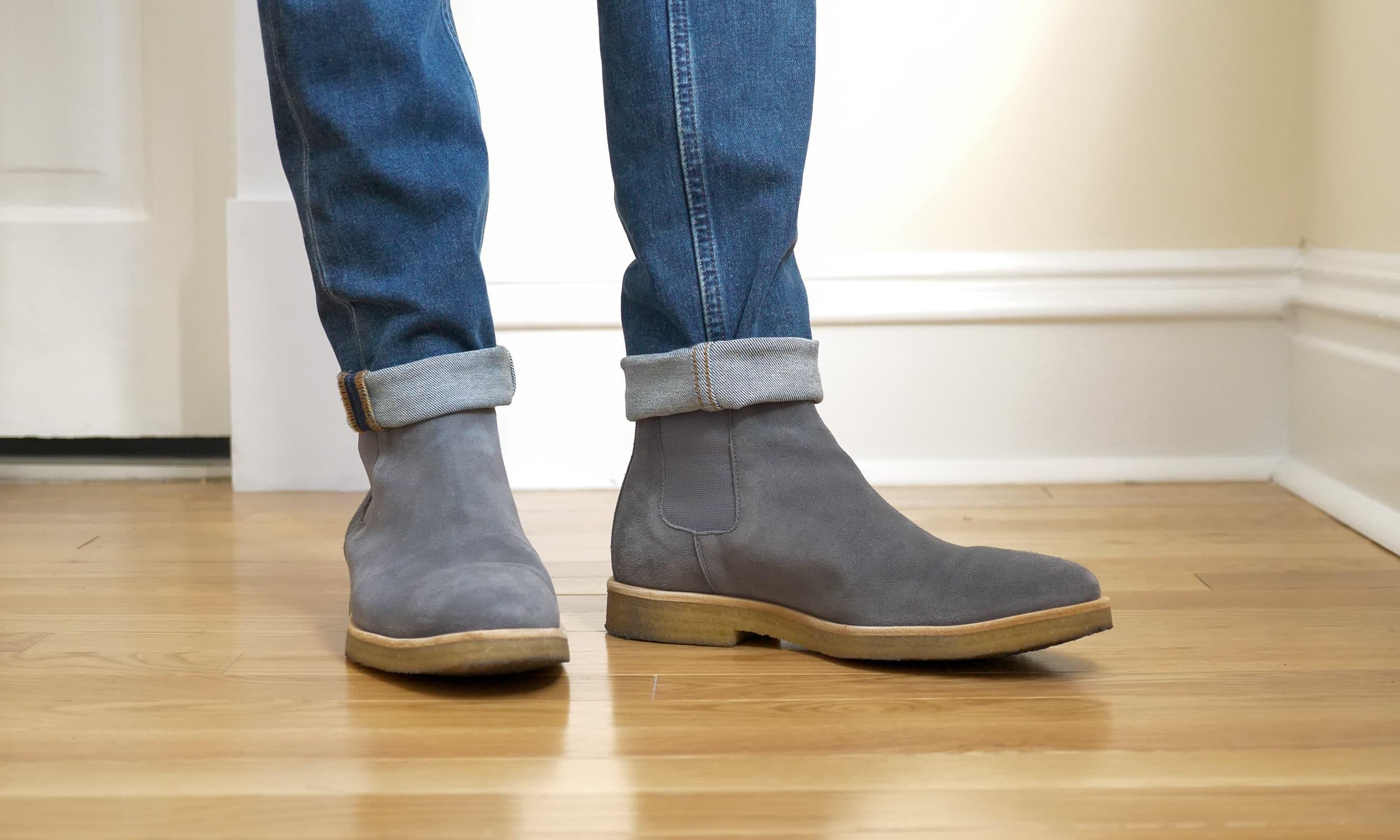 Oliver Cabell Chelseas on feet