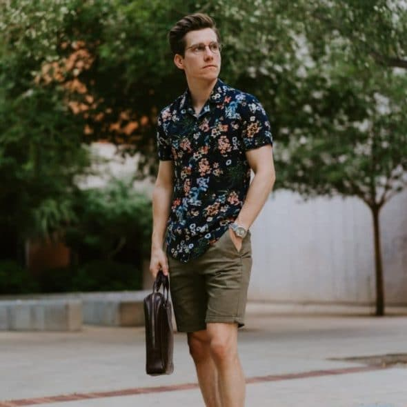 How to wear floral prints featured image